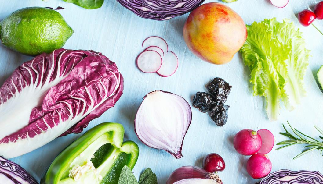 Olika typer av livsmedel på ett bord