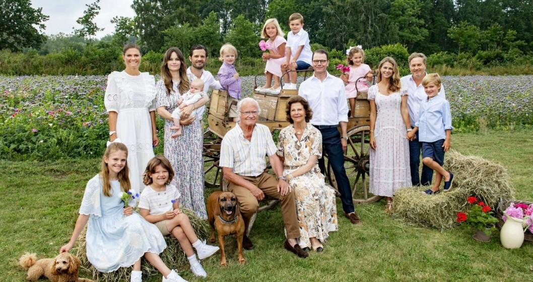 Prinsessan Adrienne, prins Oscar, prins Daniel, drottning Silvia, prinsessan Madeleine, Chris O'Neill och prins Nicolas