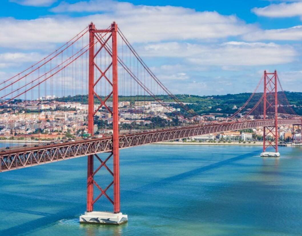 25 april-bron.