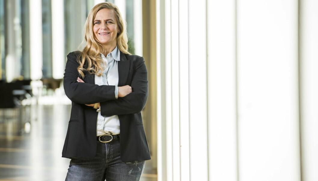 Tina Thörner är aktuell med nya boken Livet i hundraåttio
