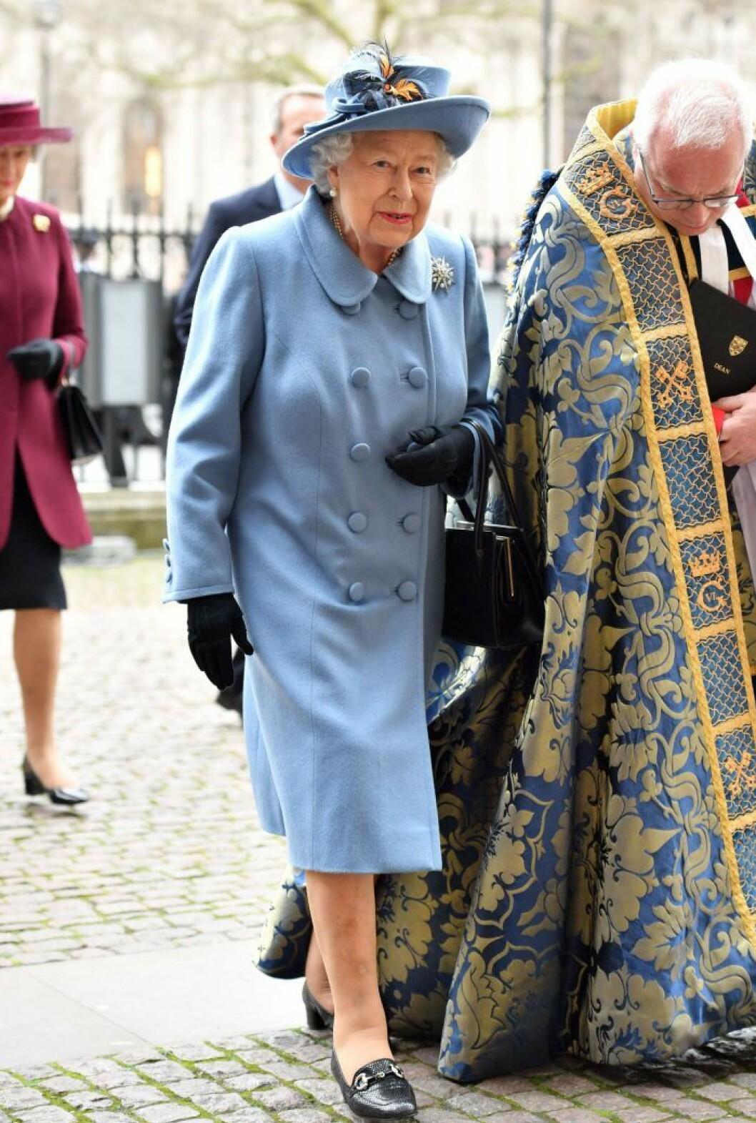 Drottning Elizabeth i Westminster Abbey.