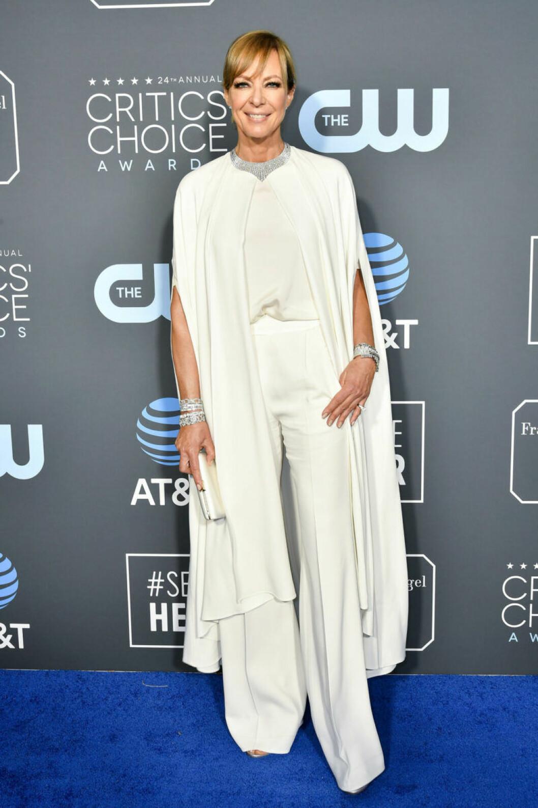 Allison Janney på röda mattan på Critics Choice Awards 2019