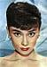 Audrey Hepburn i pixie hair cut.