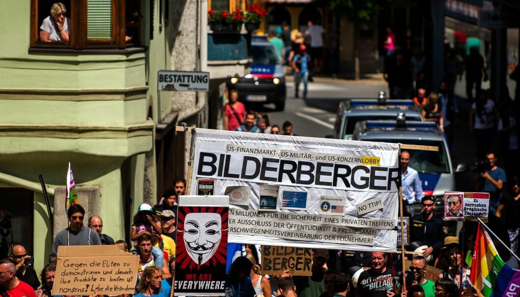 Protester mot Bilderbergsgruppens årliga möte