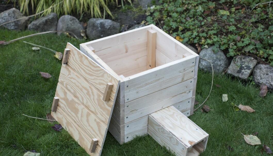 Bygg bo till igelkottarna med obehandlat trä.
