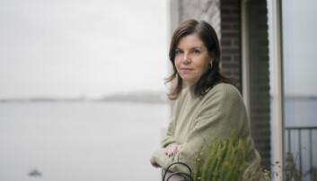 Camilla Jonsson på sin balkong hemma i Stockholm.