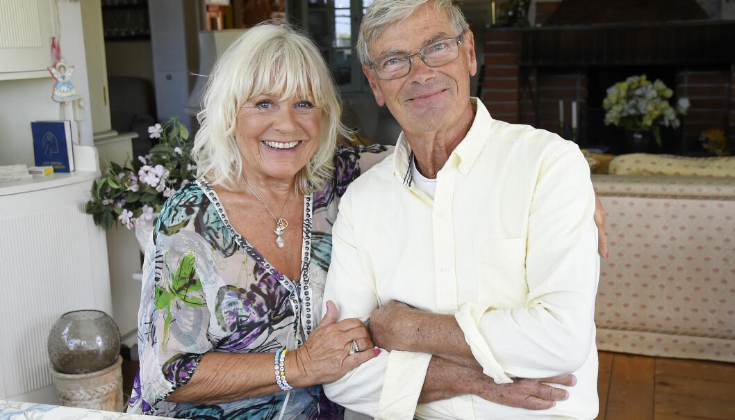 Christina Schollin och Hans Wahlgren har varit tillsammans i 63 år. I programmet Tillsammans med Strömstedts gav hon många bra tips på hur man får relationen att hålla.
