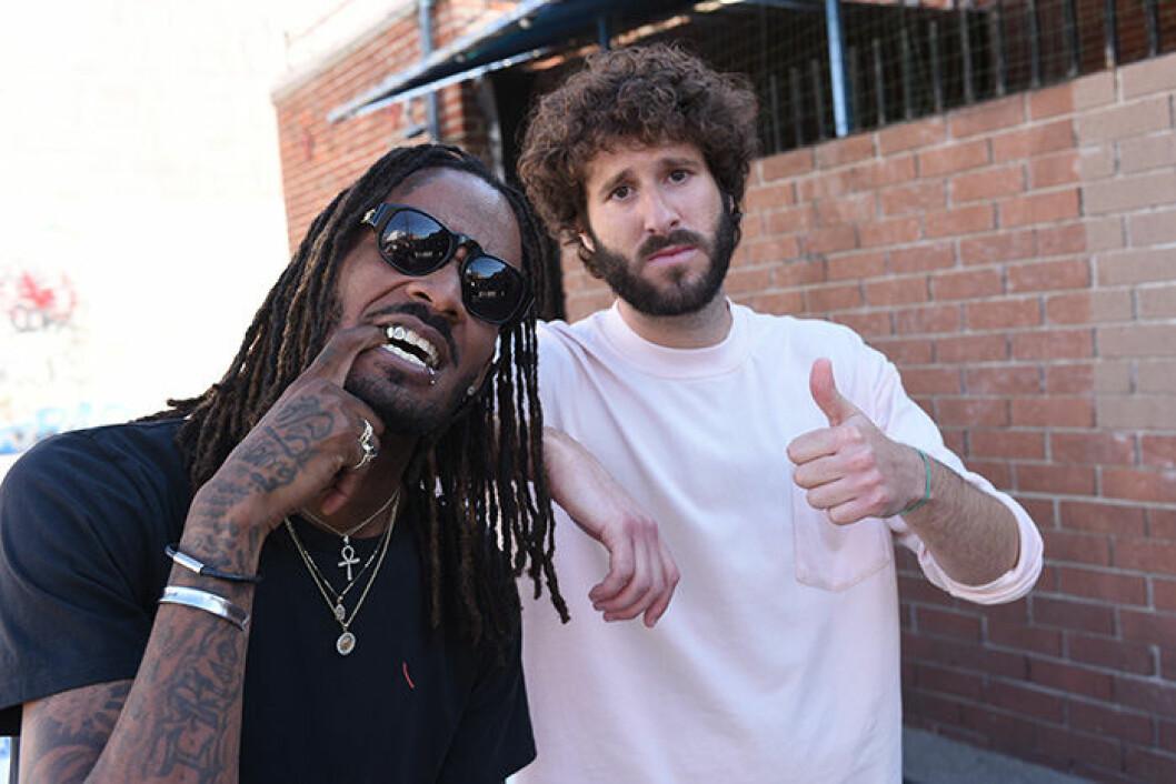 En bild på rapparen Lil Dicky i den nya tv-serien Dave på HBO.