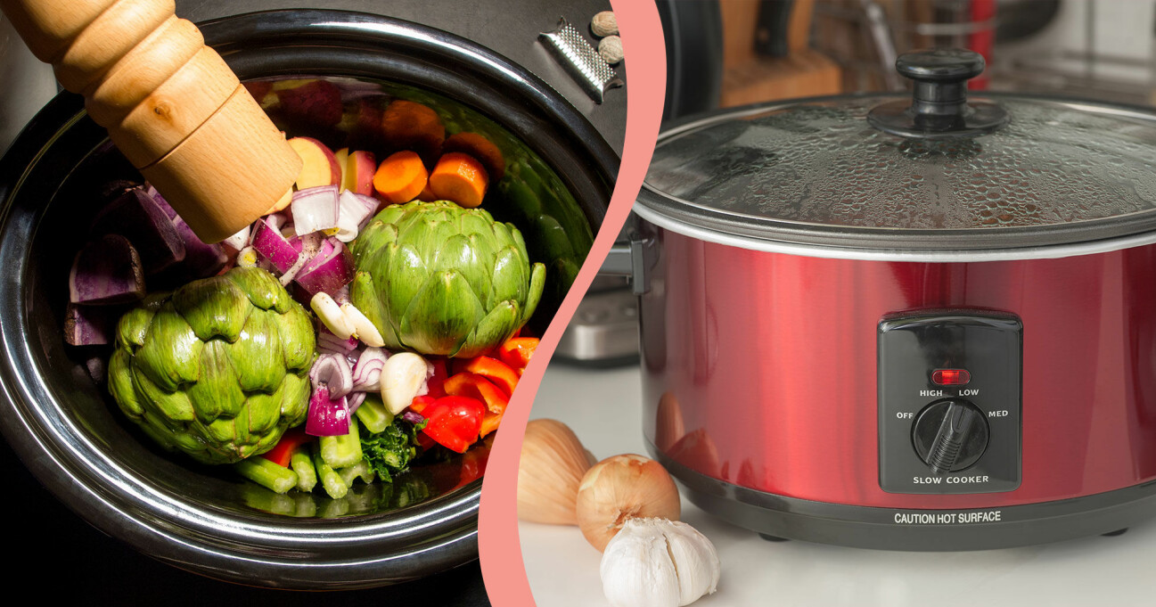 Delad bild: Till vänster syns kronärtskockor och andra grönsaker i en slow cooker och en pepparkvarn som pepprar maten. Till höger syns en röd slow cooker på en diskbänk med locket på.