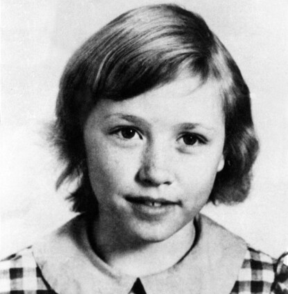 Dolly parton, fem år, en fattig flicka på landet.