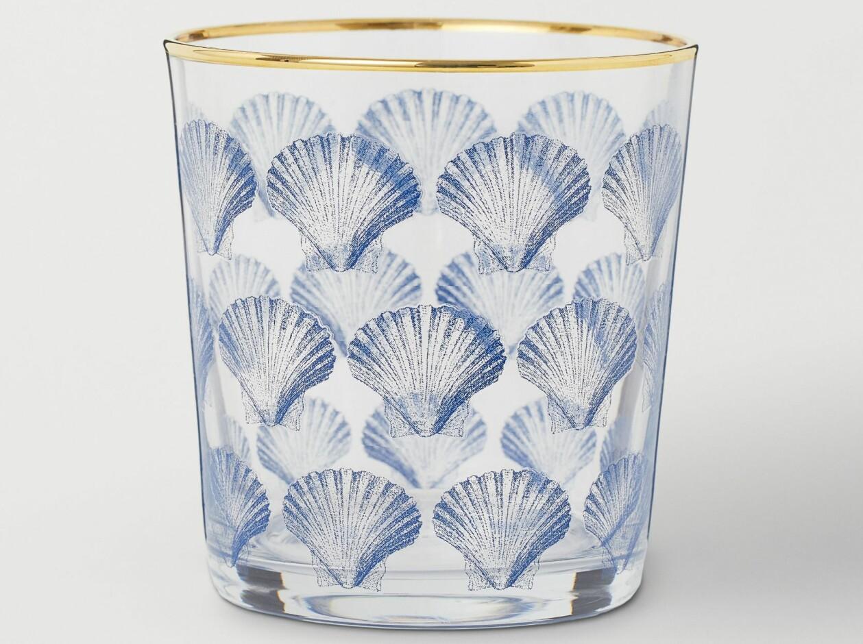 Dricksglas med blått snäckmönster, från H&m Home