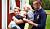 Malin och Calle med Elton och lillasyster Linelle, som pussar Elton på huvudet.