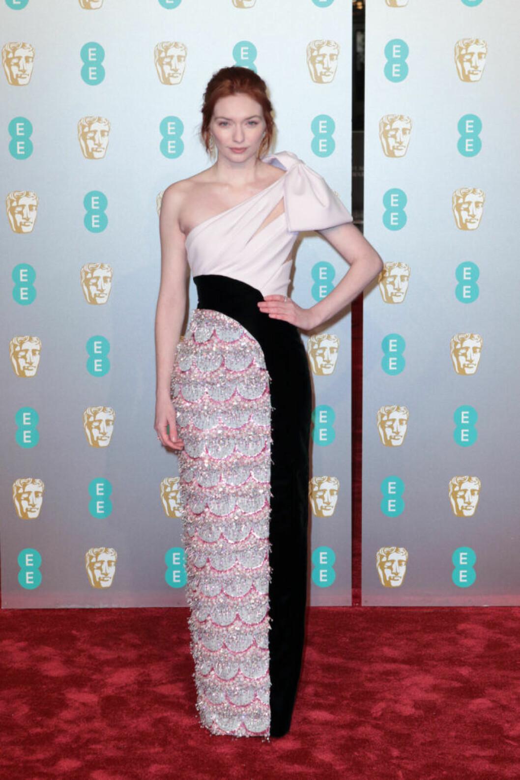 Eleanor Tomlinson på BAFTA 2019