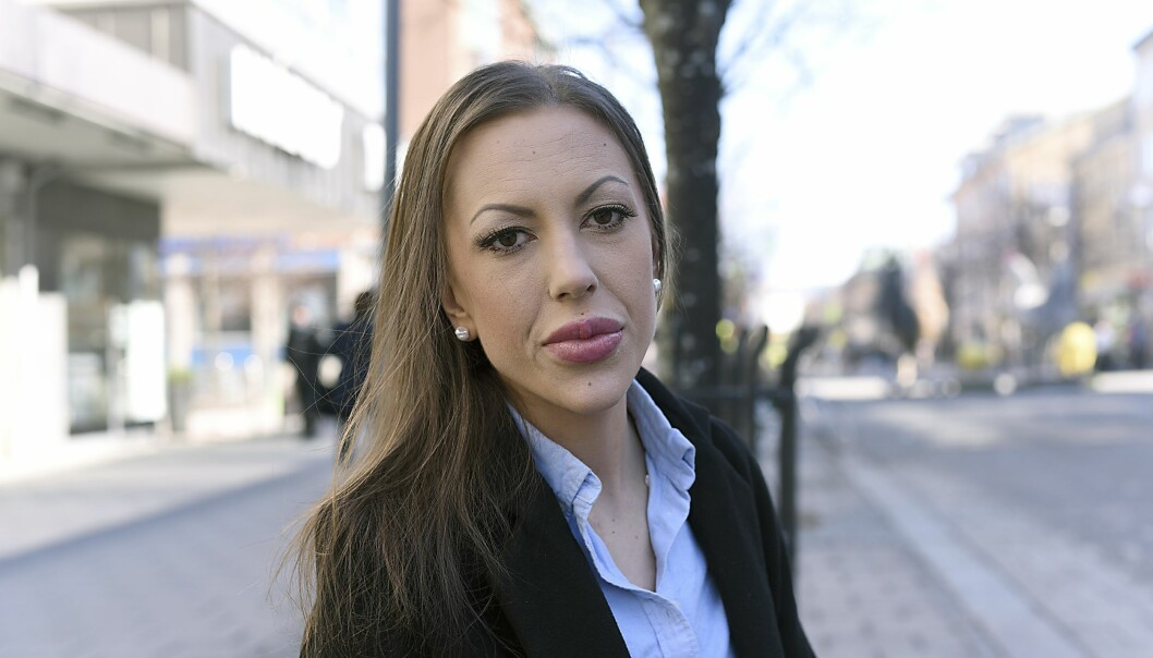 Ellinor Raappana lider av endometrios.