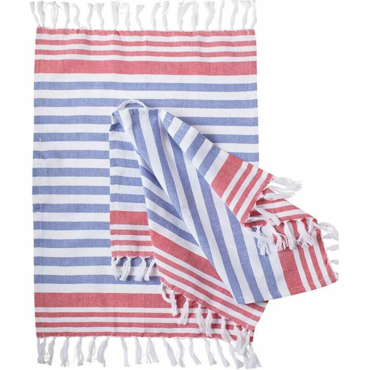 Hamamhandduk i rött, vitt och blått.