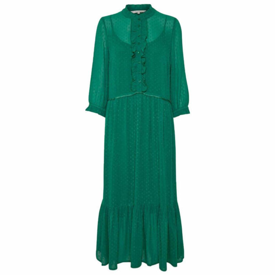 Grön klänning med krage och volanger