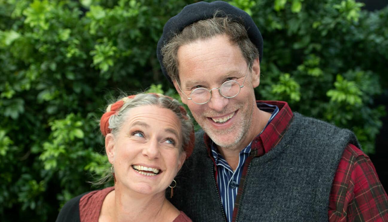 Gustav och Marie Mandelmann driver en gård tillsammans och syns i programmet Mandelmanns gård på TV4.