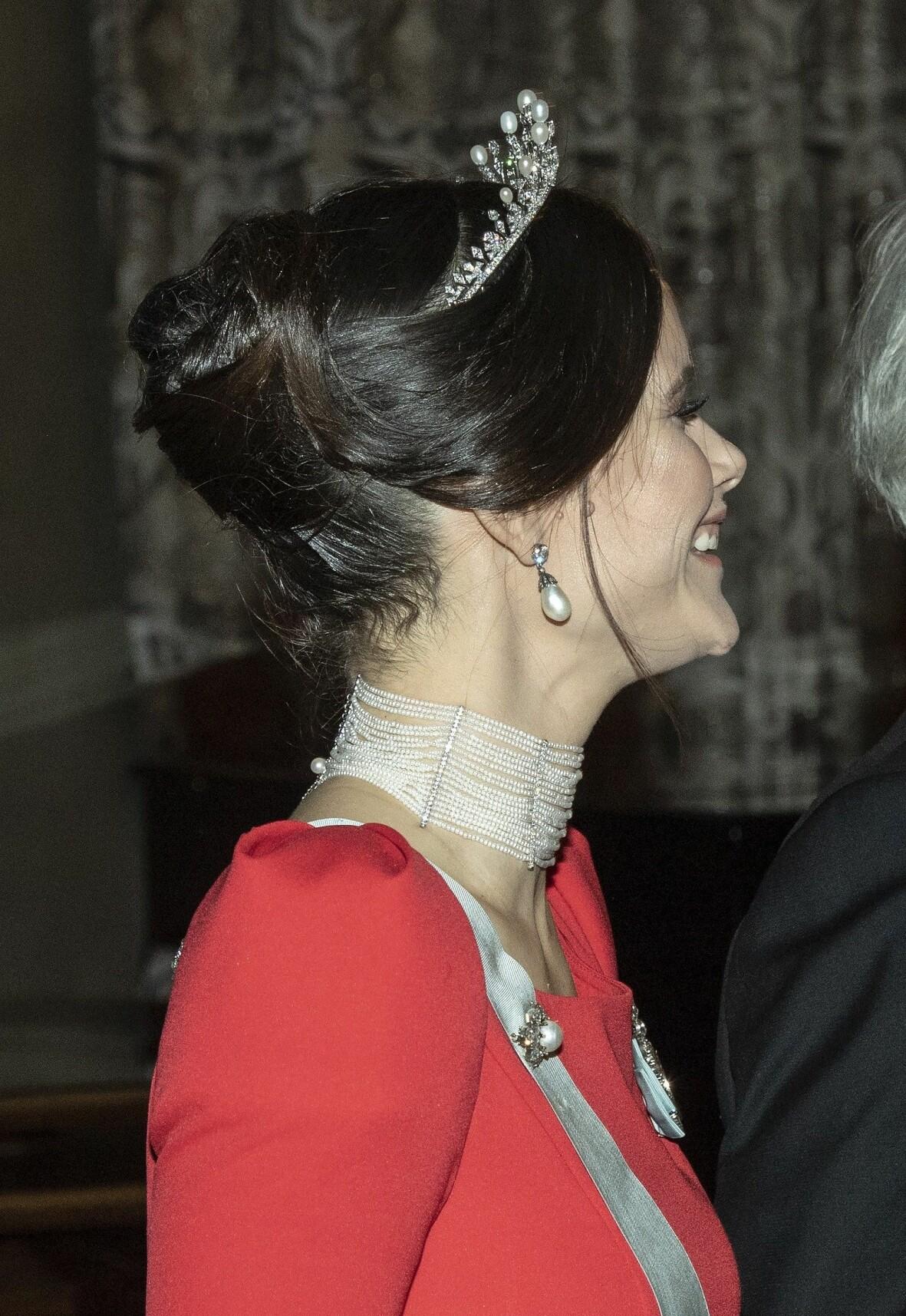 Halsbandet som prinsessan Sofia bar på nobelfesten var gjort av Amanda Weibull Laurell.