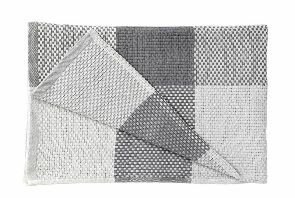 Handvävd filt från Designtorget.