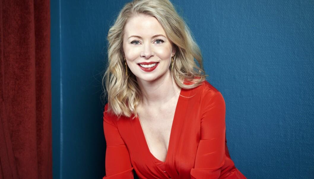 Julia Dufvenius är aktuell i Heder.