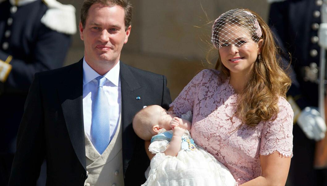 Madeleine och Chris vid dottern Leonores dop