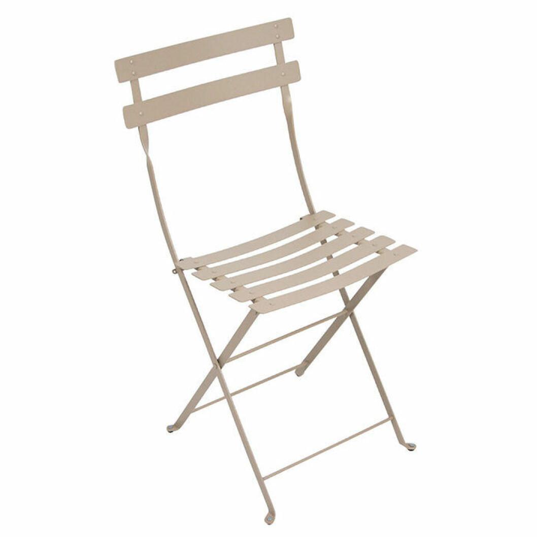 Hopvikbar stol för balkongen från Fermob