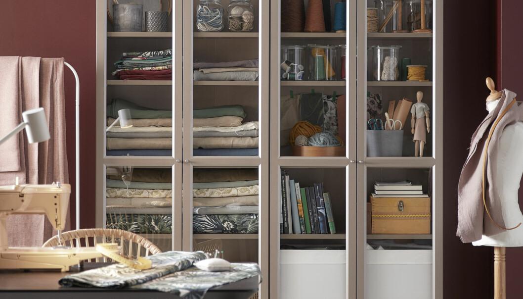 Bild på bokhyllan Billy som är en tidlös storsäljare på Ikea