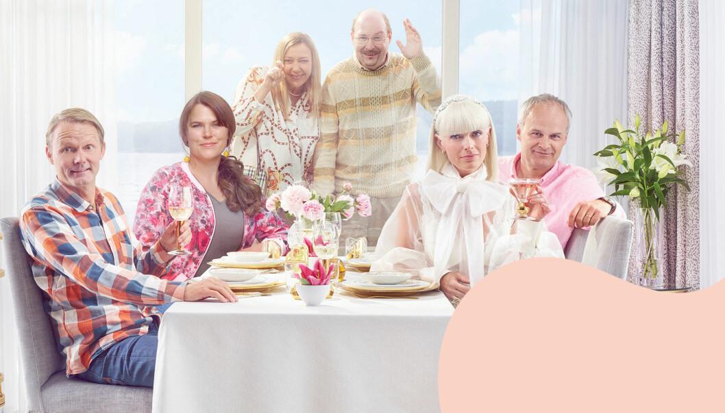 Felix Herngren, Mia Skäringer, Malin Cederbladh, Henrik Dorsin, Johan Rheborg och Josephine Bornebusch i säsong 6 av Solsidan i TV.