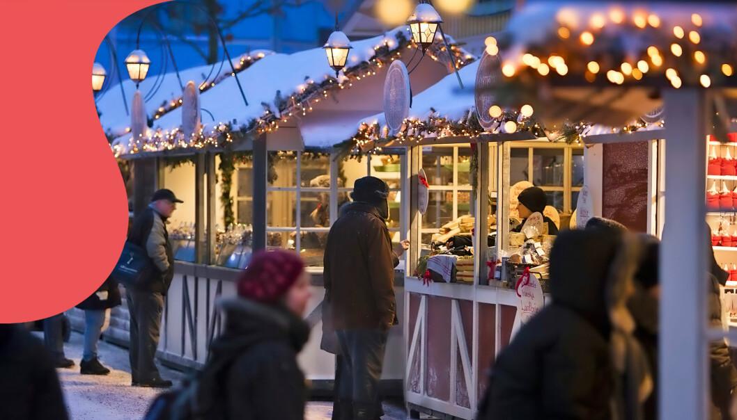 Människor på en av Sveriges alla mysiga julmarknader.