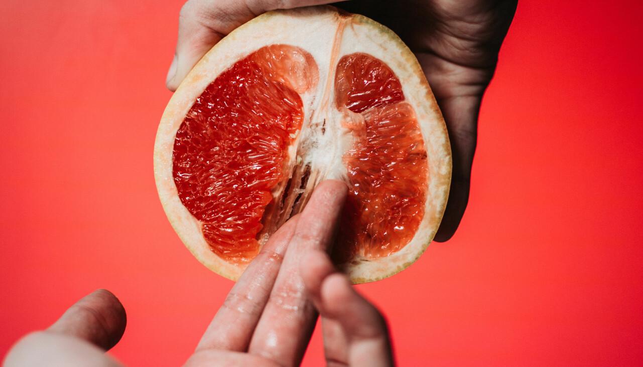 Genrebild av citrusfrukt som illustrerar sexuell aktivitet.