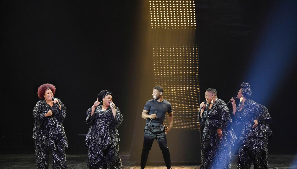 John Lundvik och The Mamas i Eurovision Song Contest 2019.