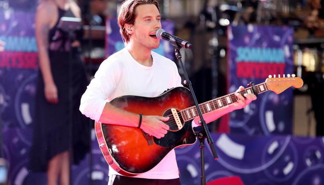 Victor Crone, som representerade Estland i Eurovision Song Contest 2019, deltar i Melodifestivalen 2020.