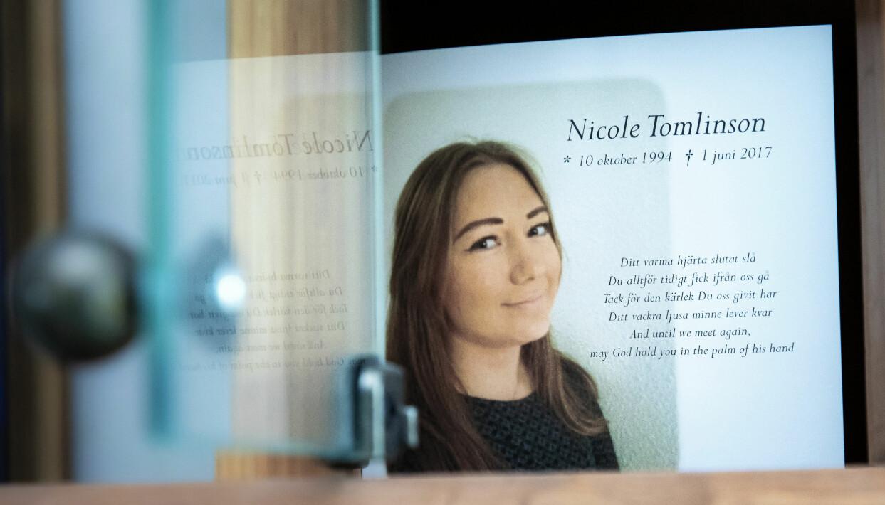 Bild av minnestext och bild på Nicole.