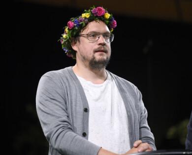 Jonatan Unge presenteras som sommarpratare av Sveriges radio 2018.