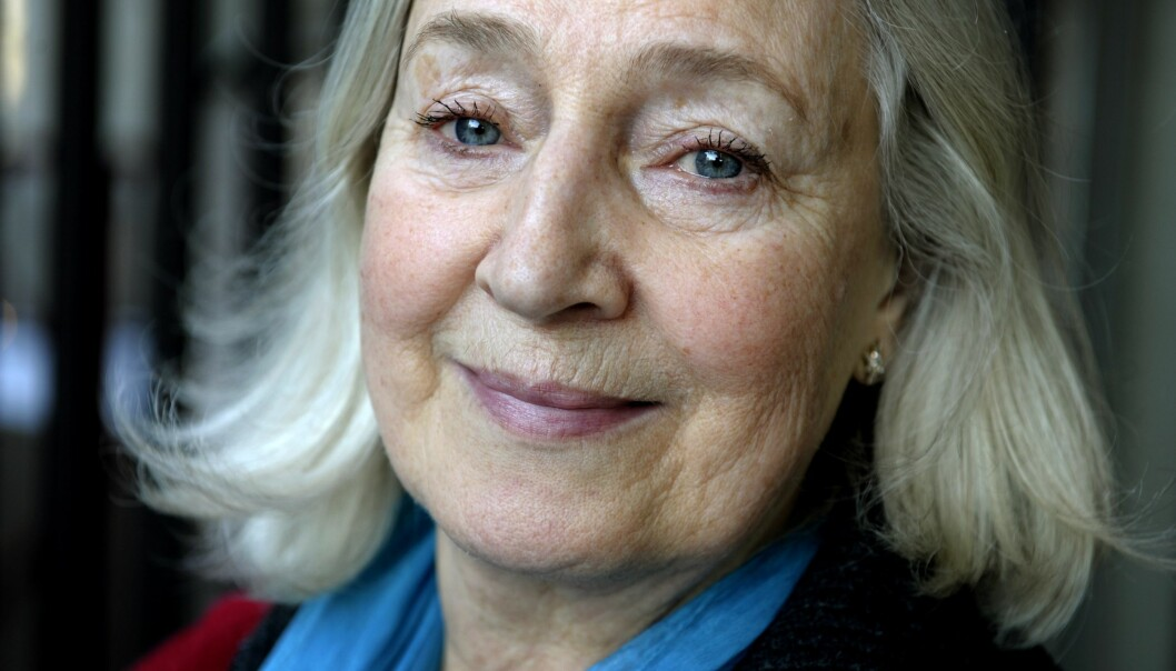 Inga-Britt Ahlenius tävlar i På spåret i SVT 2019/2020.