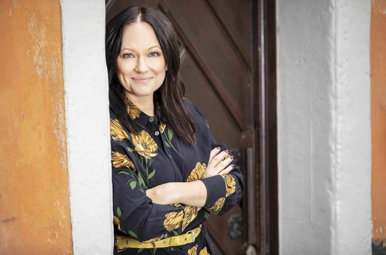 Porträtt av författaren Gunilla Bergensten som har skrivit boken Familjens projektledare säger upp sig.