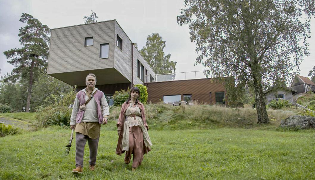 Erik Haag och Lotta Lundgren i Rapport från 2050.