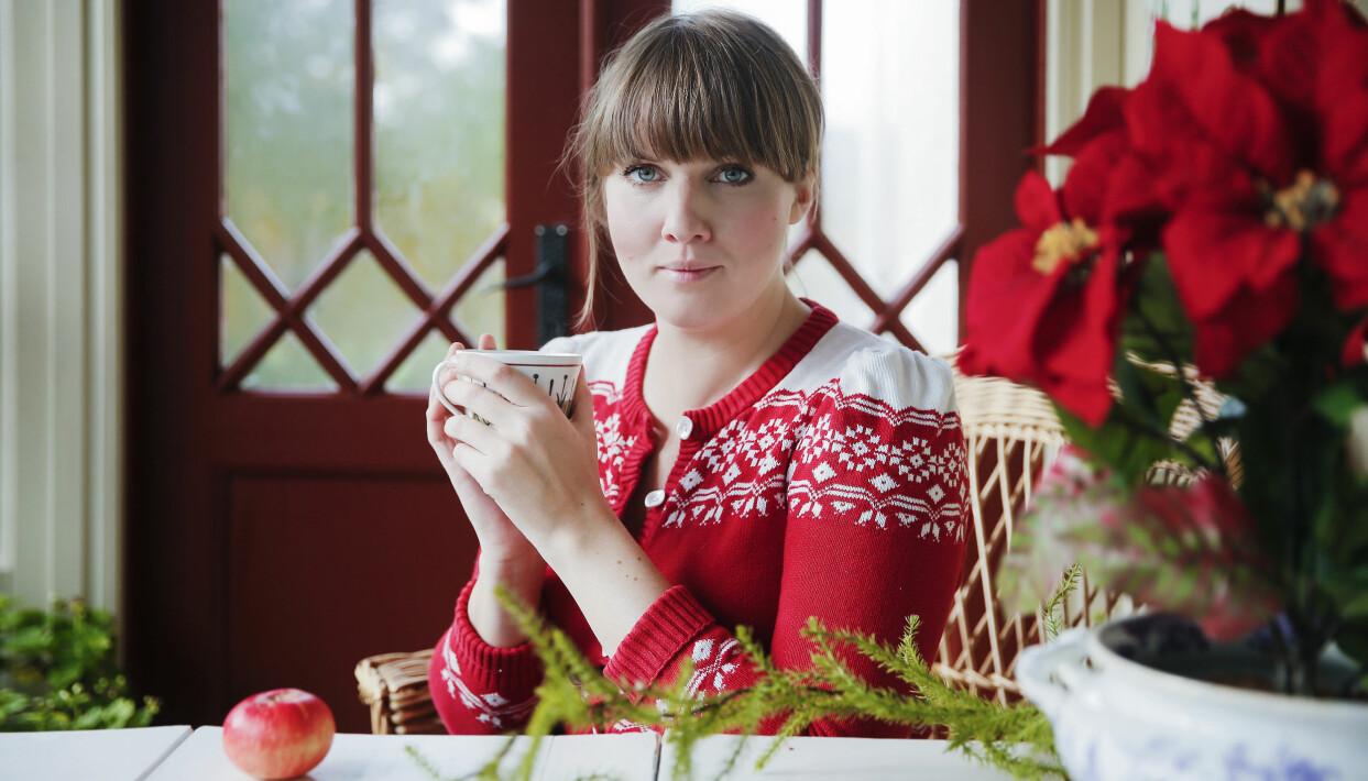 Porträtt av Clara Lidström som bland annat driver bloggen underbaraclara.se.