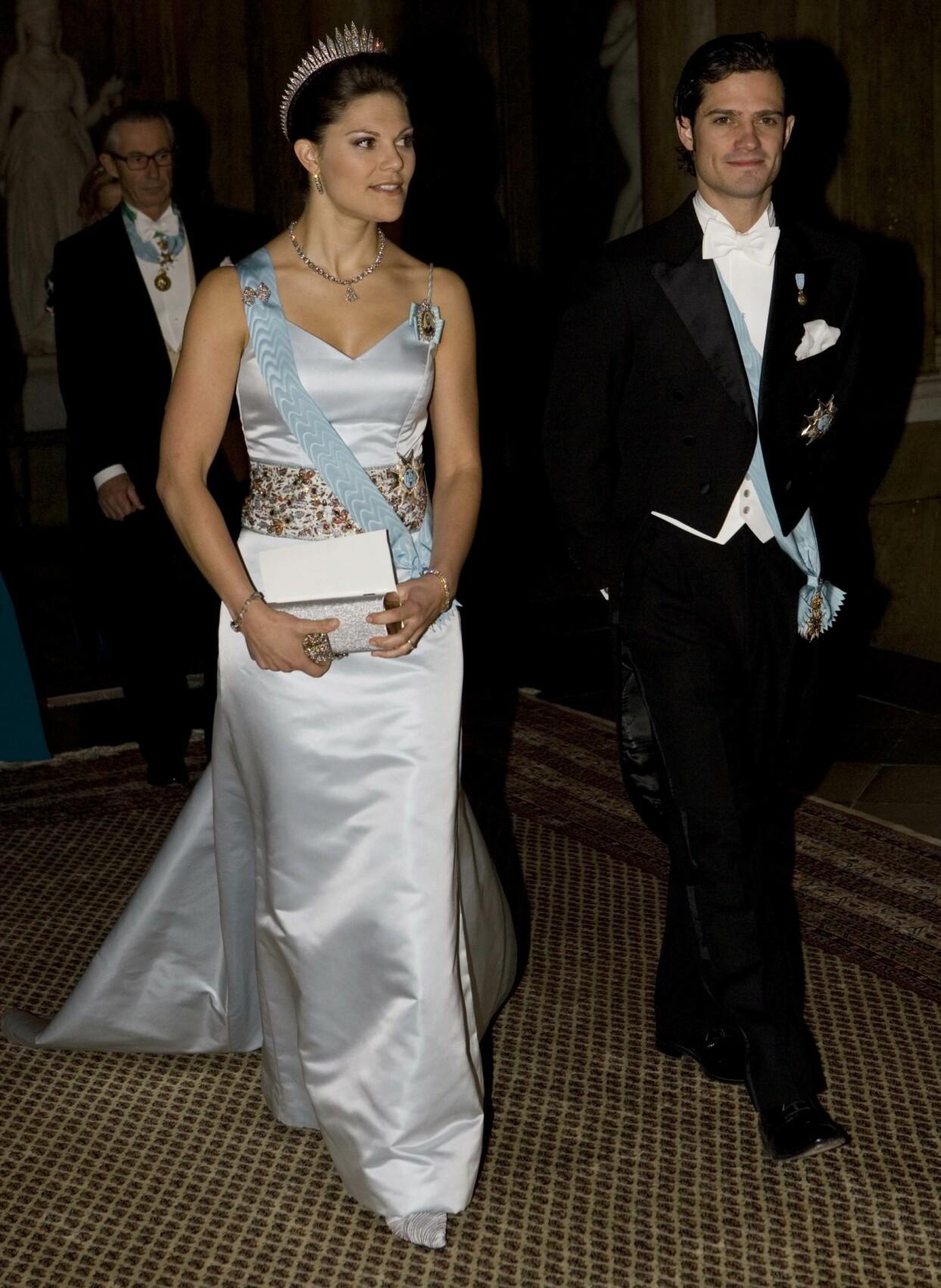 Kronprinsessan Victoria och prins Carl Philip under kungamiddagen på slottet i Stockholm 2007.
