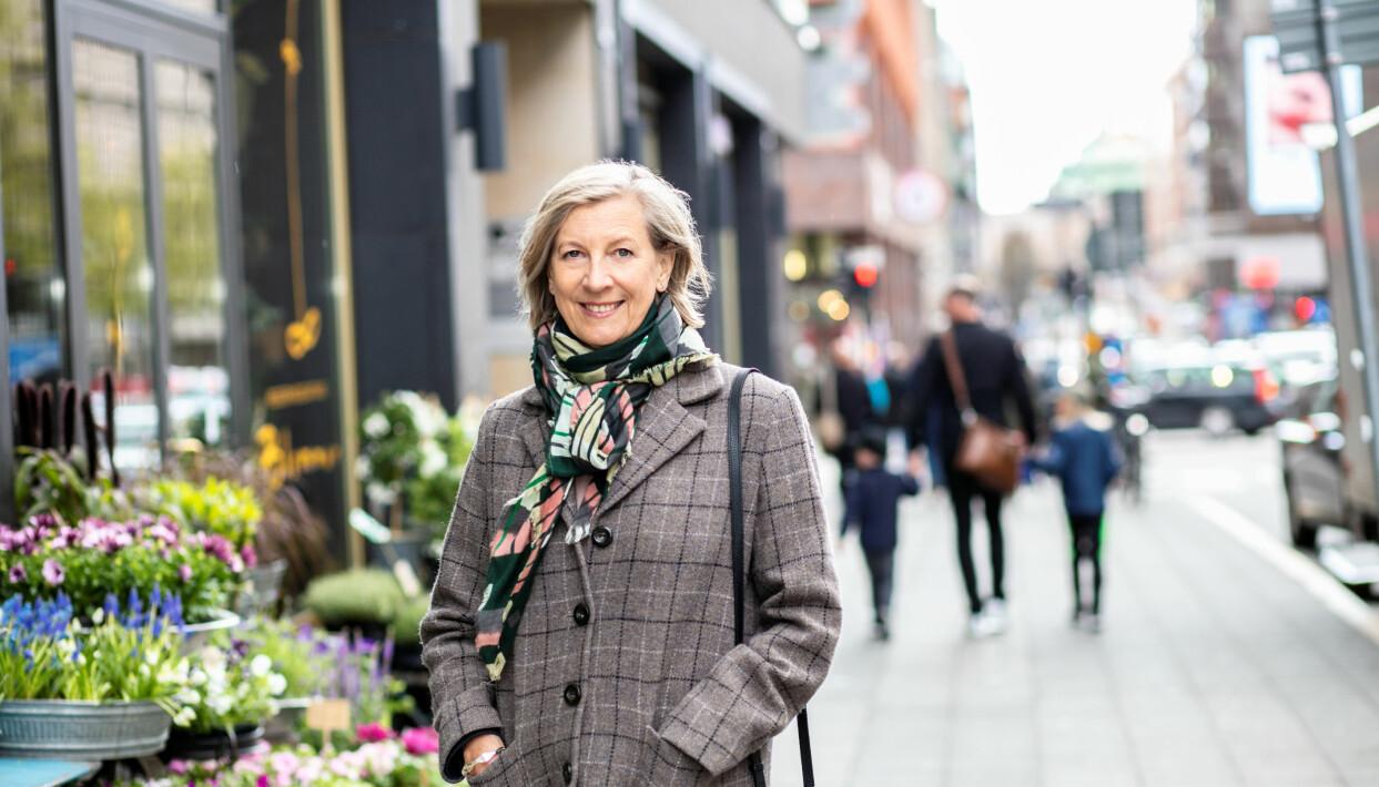 Porträtt av Maria Sandow, Svensk Handel, som berättar om hyrkläder.