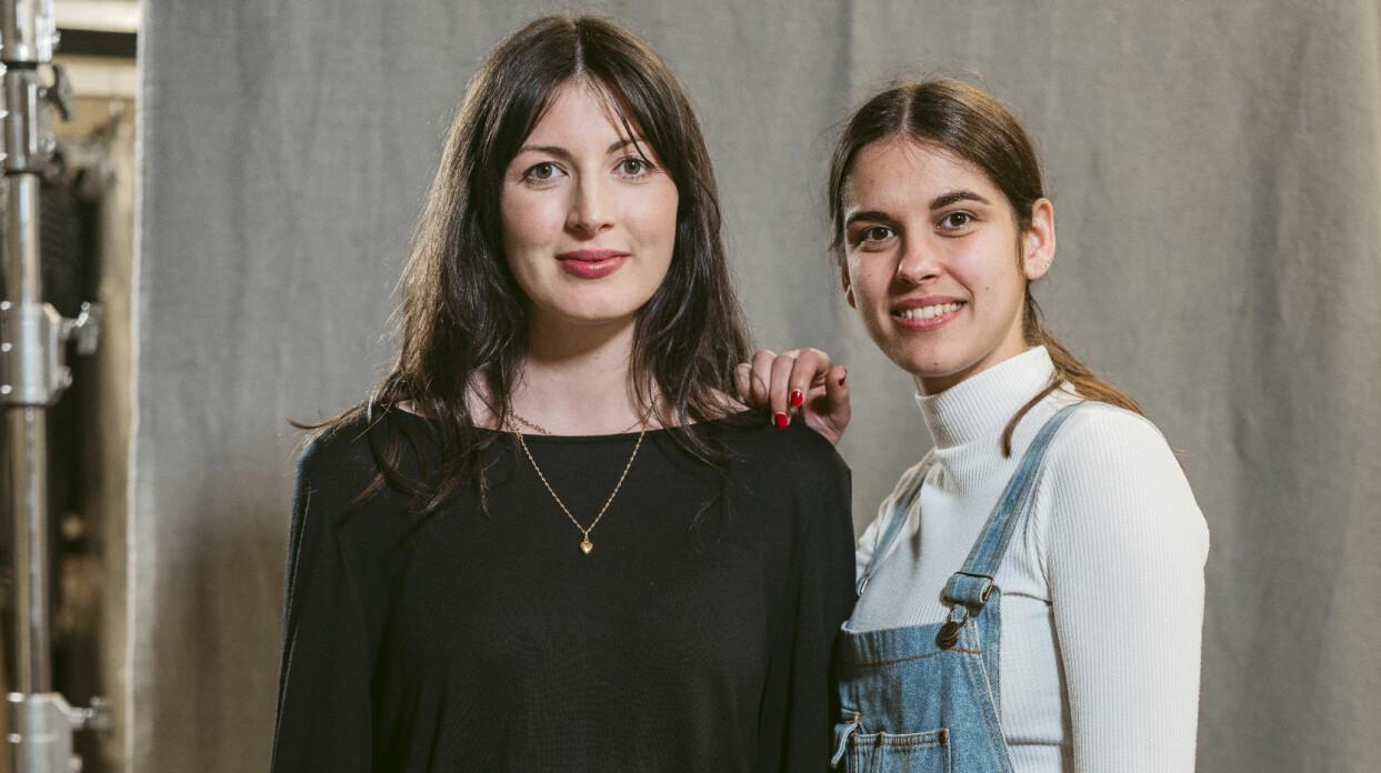 Something Borrowed var tidigt ute med att hyra ut kläder. Här syns grundarna Daniella Letica Fransson och Madlén Fondén.