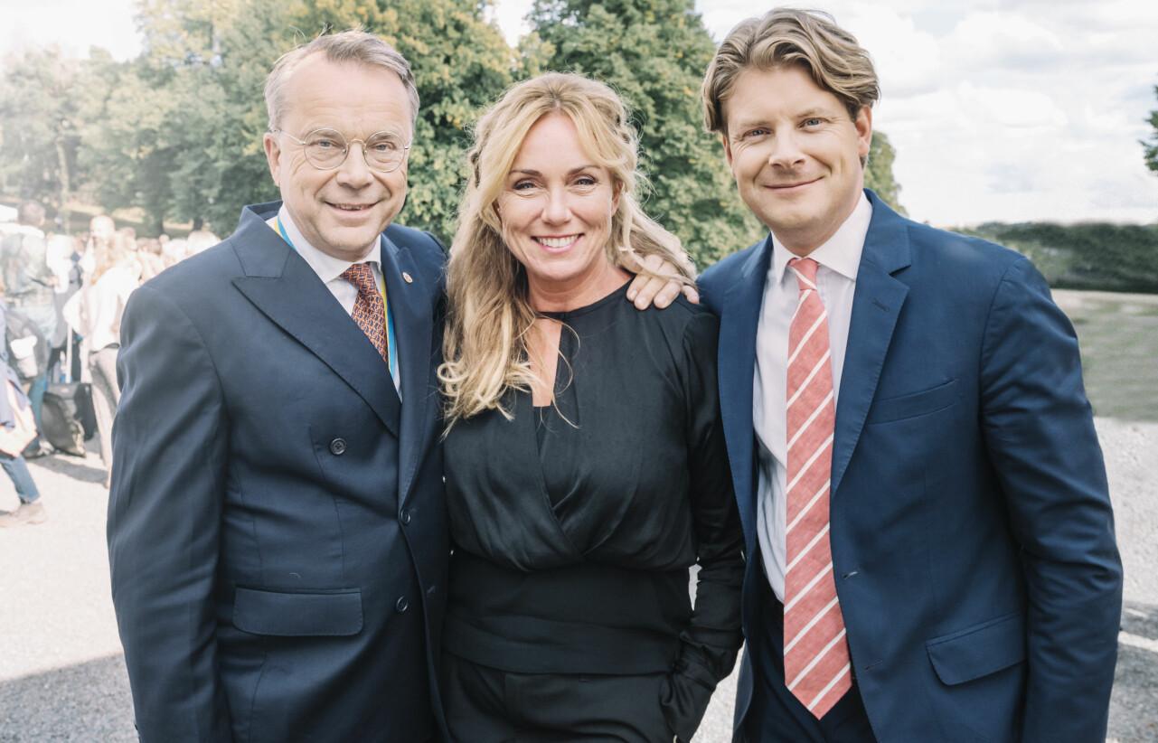 Knut Knutsson, Anne Lundberg och Rickard Thunér inför premiären av Antikrundan 2020.