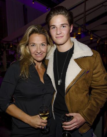 Kristin Kaspersen med sonen Filip Lamprecht.