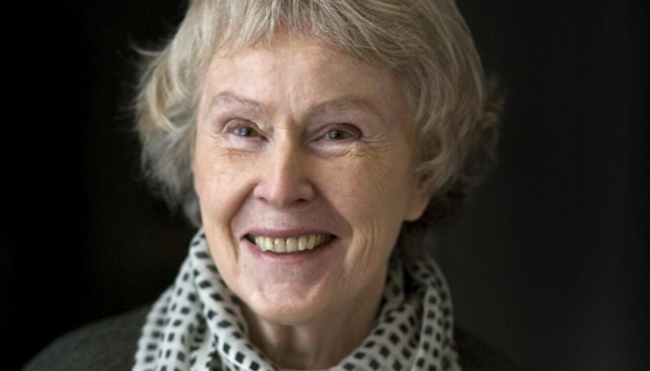 Porträtt av Signe Persson-Melin, formgivare.