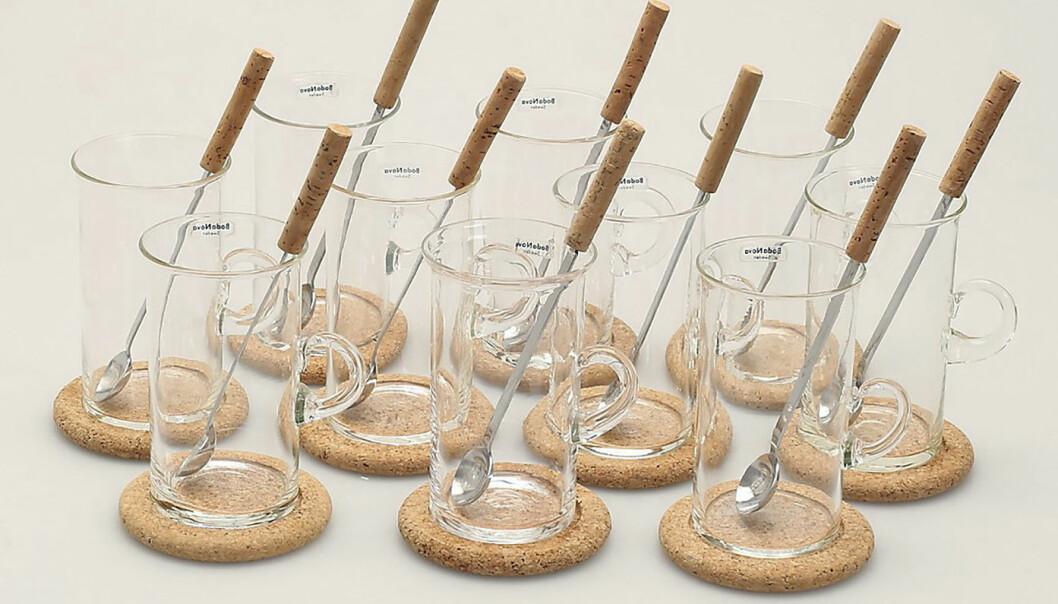 Irish coffee-glas med underlägg i kork från Signe Persson-Melin.