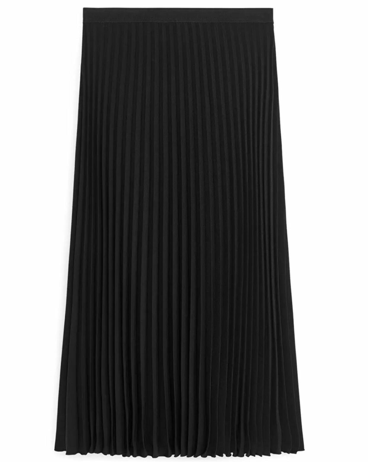 Svart plisserad kjol från Arket