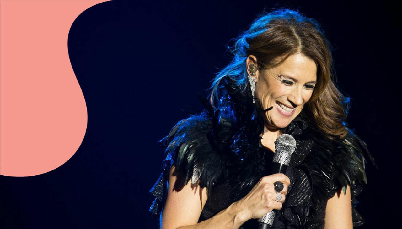 Jill Johnson uppträder med föreställningen That's life i Gothia towers i Göteborg.
