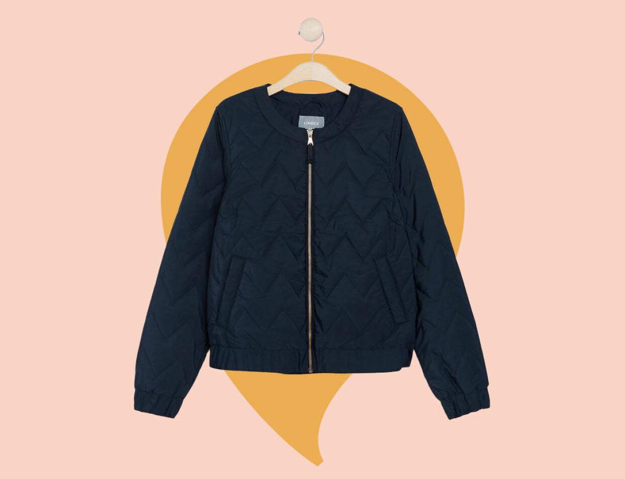 Mörkblå quiltad jacka från Lindex.