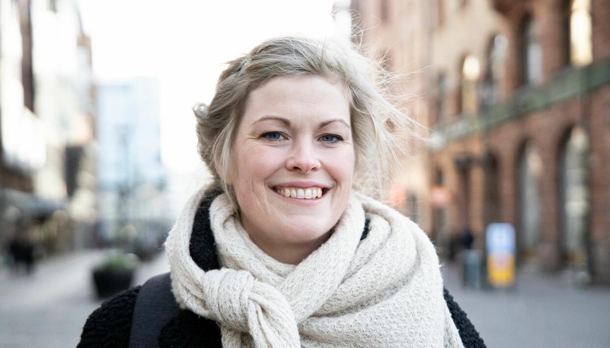 Porträtt av Annelie Edlind som berättar om vad hon tycker om alla hjärtans dag.