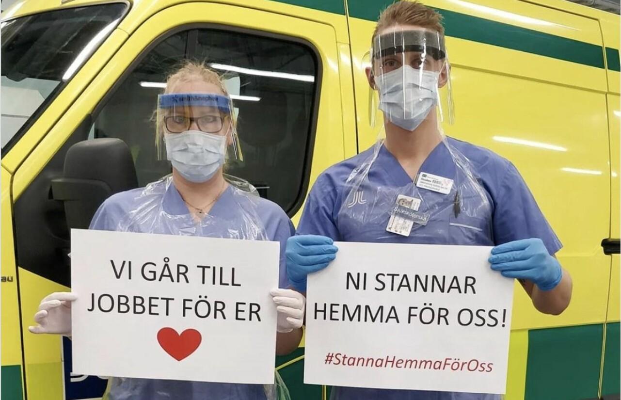 Bild från vårdpersonal på Danderyds sjukhus som uppmanar oss att stanna hemma.